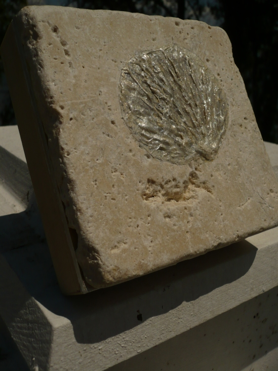Shell  14B-108, Relief Art Tile Block